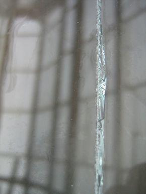 Резка стекла. Трещина